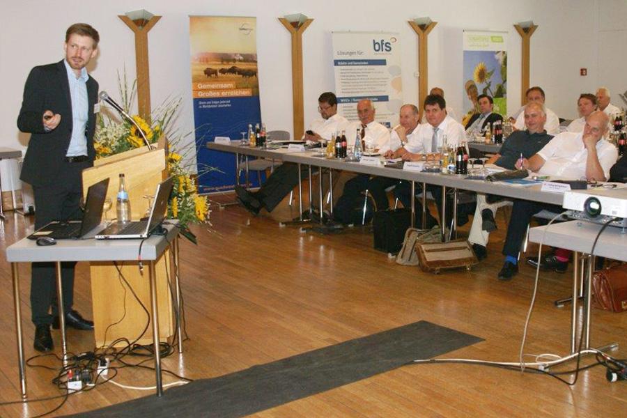 Vortrag Fabian Grüger aus Berlin, er sprach über Batterien und E-Mobilität.